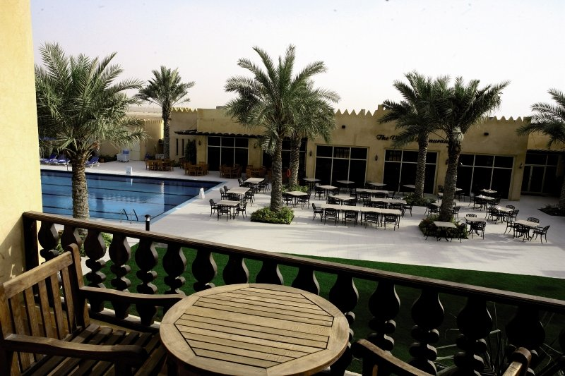 Al Hamra Village Golf & Beach ResortRestaurant