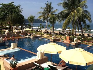 Baan Khao Lak Resort,