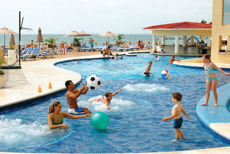 All Ritmo Cancun Resort & Waterpark in Cancún ab 917 €