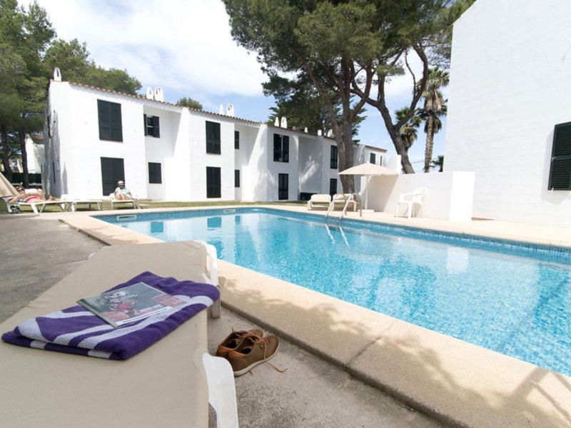Apartamentos Cala Blanca in Cala Blanca, Menorca P