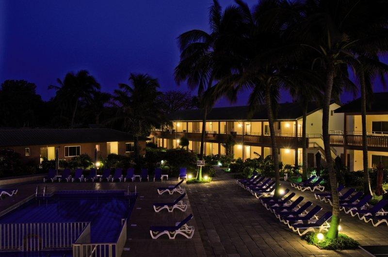 Sunset Beach Hotel in Kotu, Gambia