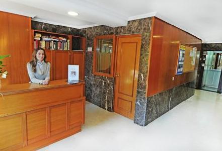 Halley Apartamentos in Benidorm, Costa Blanca L