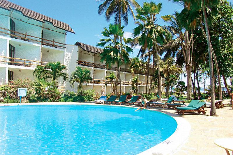 Travellers Beach Hotel in Bamburi Beach, Kenia - Küste
