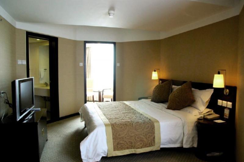 Dong Fang Hotel in Peking, China - Peking und Umgebung W