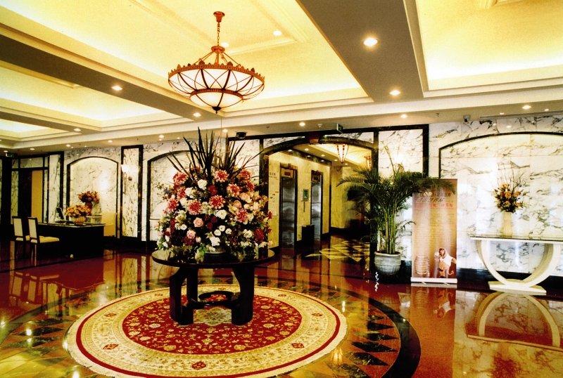 Dong Fang Hotel in Peking, China - Peking und Umgebung L