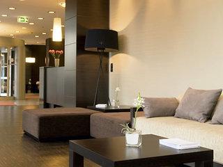Hotel NH Danube City Vienna Lounge/Empfang
