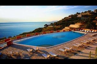 Hotel Avalon Sikani Resort Pool