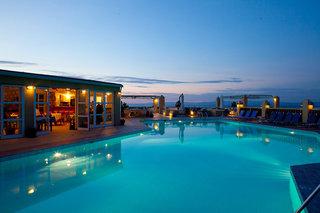 Hotel Daphne Holiday Club Pool