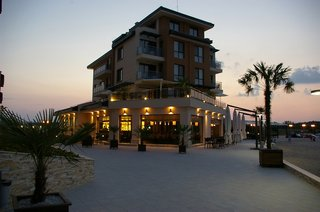 Hotel Obzor Beach Resort Außenaufnahme