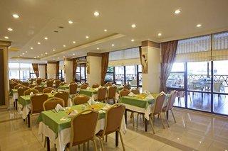 Hotel Titan Garden Frühstücksraum