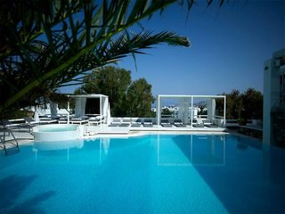 Hotel Semeli Pool