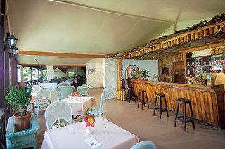 Hotel Berjaya Praslin Resort Bar