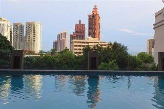 Hotel Golden Tulip Mandison Suites Stadtansicht