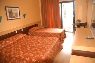 Hotel Club Hotel Rama Wohnbeispiel