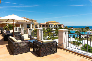 Hotel Cascade Wellness & Lifestyle Resort Terasse