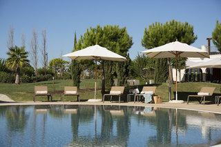 Hotel Cascade Wellness & Lifestyle Resort Pool