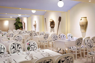 Hotel Sandy Beach Hotel & Family Suites Restaurant