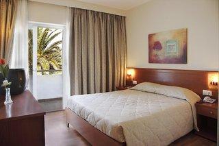 Hotel Sandy Beach Hotel & Family Suites Wohnbeispiel
