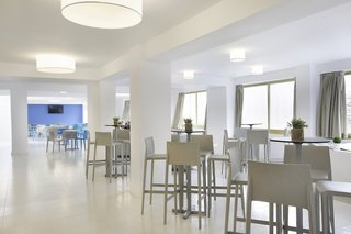Hotel Blue Sea Arenal Tower Bar
