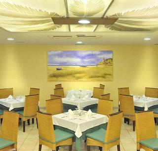 Hotel GHT Oasis Tossa & Spa Restaurant