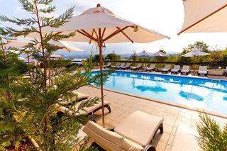 Hotel Blue Waves Resort Pool