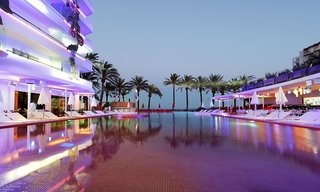 Hotel Ushuaia Ibiza Beach Hotel - Club & Tower - Erwachsenenhotel Pool
