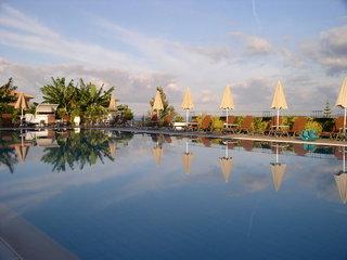 Hotel Astra Village Hotel & Suites Pool