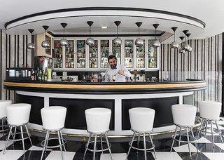 Hotel Bull Hotel Reina Isabel & Spa Bar