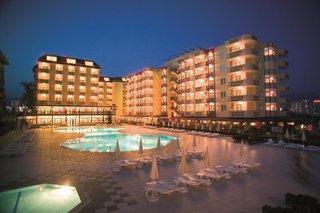 Hotel Titan Garden Pool