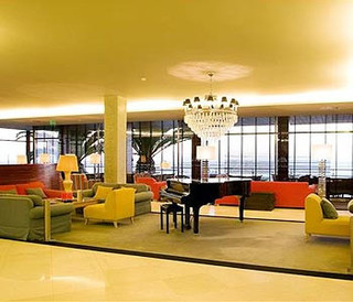 Hotel Algarve Casino Lounge/Empfang