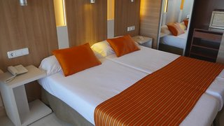 Hotel allsun Hotel Borneo Wohnbeispiel