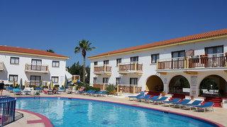 Hotel Cosmelenia Hotel Apartments Außenaufnahme