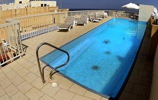 Hotel The Diplomat Pool