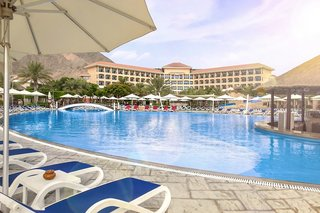 Hotel Fujairah Rotana Resort & Spa Pool