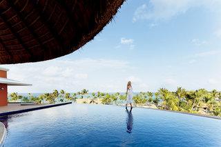 Hotel Barcelo Bavaro Palace Pool