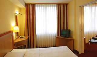 Hotel NH Collection Hamburg City Wohnbeispiel