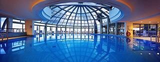 Hotel Crystal Sunrise Queen Luxury Resort & Spa Hallenbad
