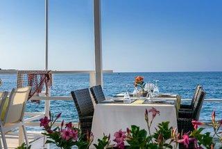 Hotel Alia Beach Hotel Restaurant