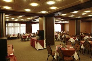 Hotel Benczur Restaurant