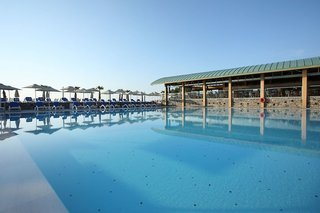 Hotel Arina Beach Resort Pool