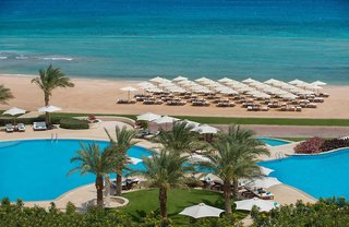 Hotel Baron Palace Resort Pool