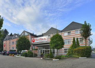 Hotel Michel & Friends Hotel Lüneburger Heide Außenaufnahme