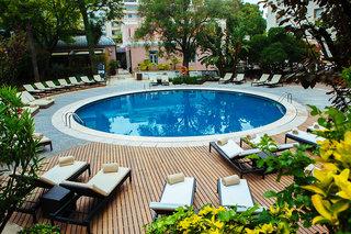 Hotel AVANI Avenida Liberdade Lisbon Pool