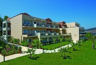 Hotel Selini Suites Außenaufnahme