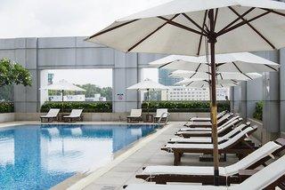 Hotel Nikko Saigon Pool