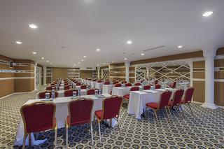 Hotel Granada Luxury Okurcalar Konferenzraum