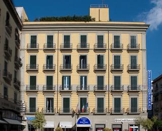 Hotel Best Western Plaza Neapel Außenaufnahme