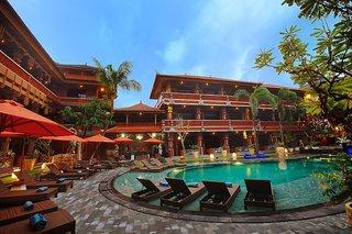 Hotel Wina Holiday Villa Außenaufnahme