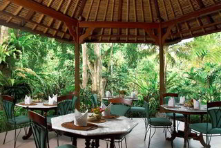 Hotel Tjampuhan Hotel & Spa Restaurant
