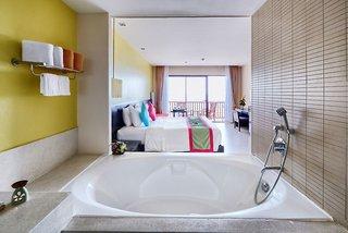 Hotel Apsara Beachfront Resort & Villa Badezimmer